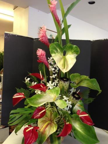 Tropical Stylized Arrangement