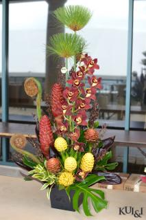 Tropical High-Style Arrangement (6)
