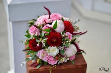 Clutch Red & Pink Bouquet