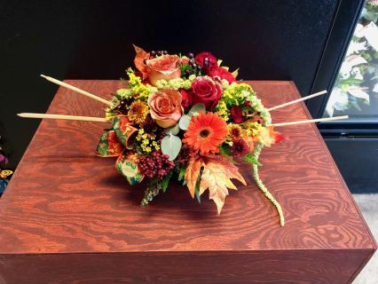 Fall-Themed Circular Arrangement