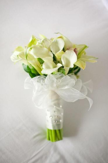 Hand Tied Calla Lily Bouquet