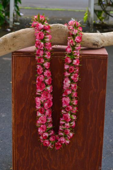 Pink Rope Rose Lei