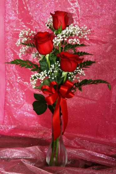 #11 3 Red Rose Budvase