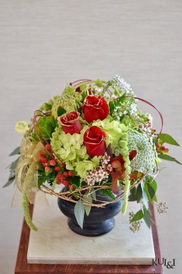 Glamorous High-End Arrangement