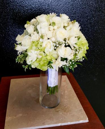 White & Green Clutch Bouquet