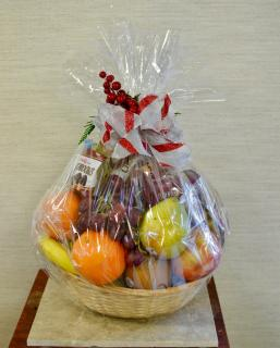 Made-to-Order Holiday Fruit & Snack Basket